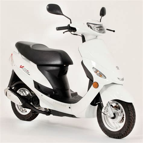 2014 Peugeot V Clic | motorcycle review @ Top Speed