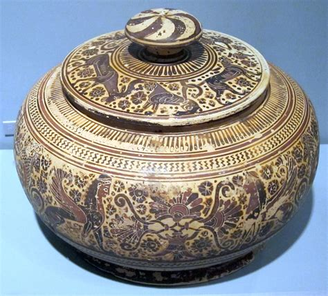 File:6th century BCE pyxis from Corinth, painted by the