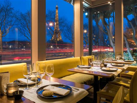 10 Paris Restaurants With Views of the Eiffel Tower