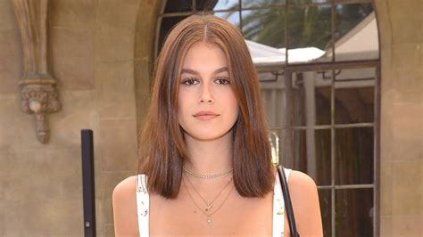 Kaia Gerber shares topless photo to show off new ink