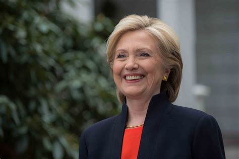 Tuck School of Business | Hillary Clinton to Visit