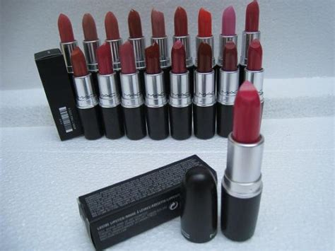 New Lustre Lipstick Rouge A Levres In Box Net Wt3g! +Free